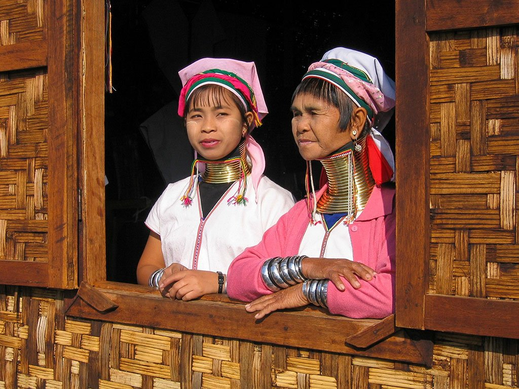 Myanmar long neck women