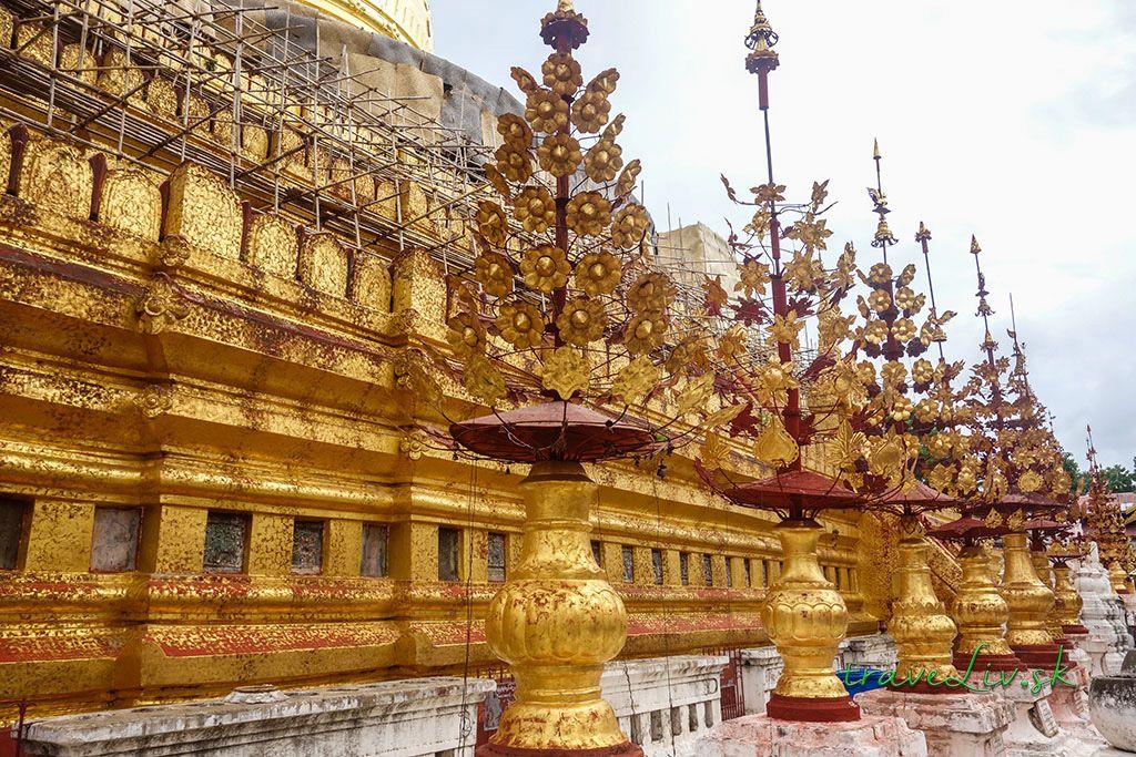Schwezigon Pagoda Bagan